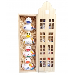 Wine / rubber duck box canal house With DUTCH DUCKIES with Summer time duck  Packing